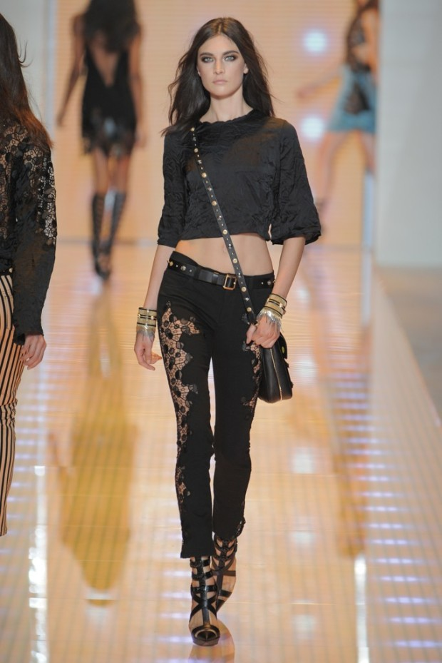 versace-spring-2013-5