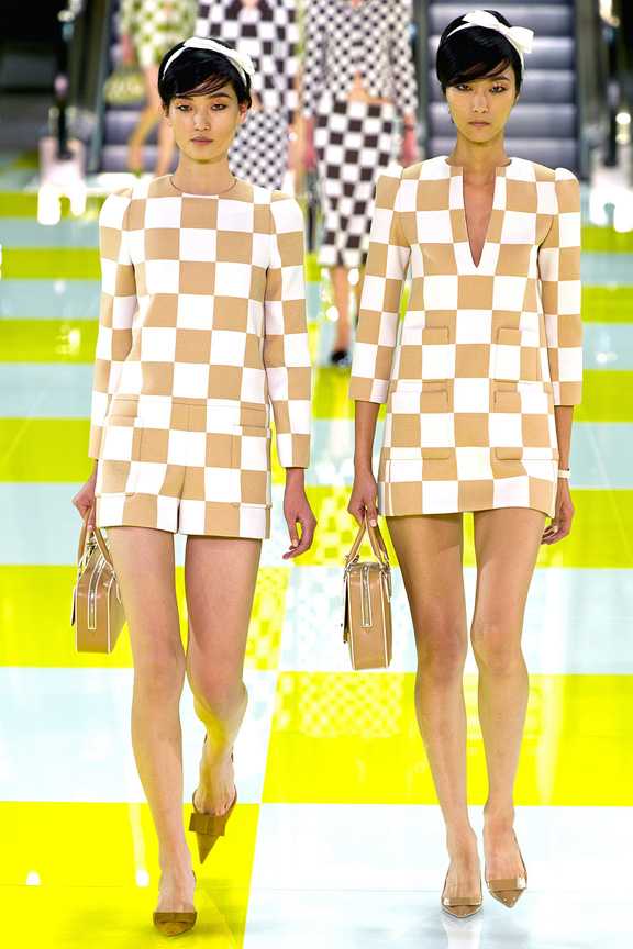 Love.LouisVuitton.SS13-1