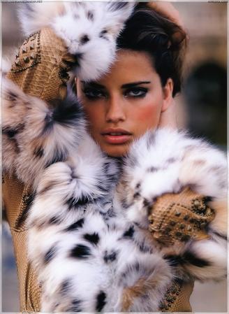 Adriana-Elle-US-2005-adriana-lima-19188627-1700-2330
