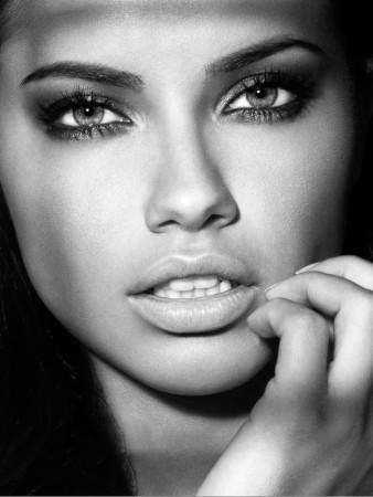 adriana-lima-amazing-portrait