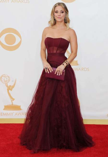 Kaley-Cuoco-Photos -Emmy-2013--25