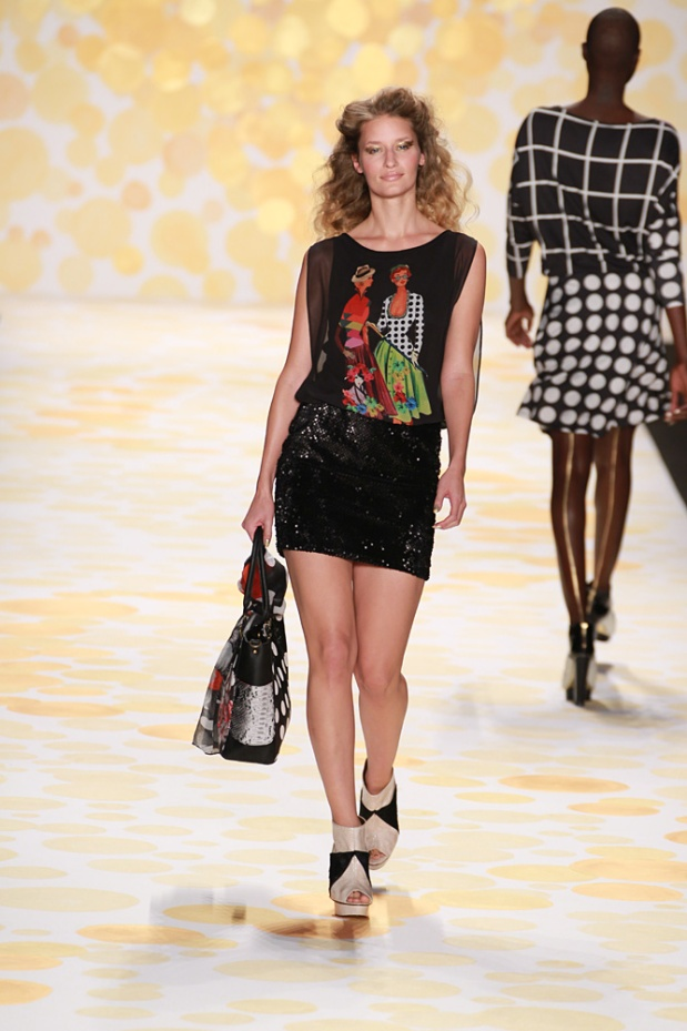Desigual-FallWinter-Collection-2014-2015-New-York-Fashion-Week-3