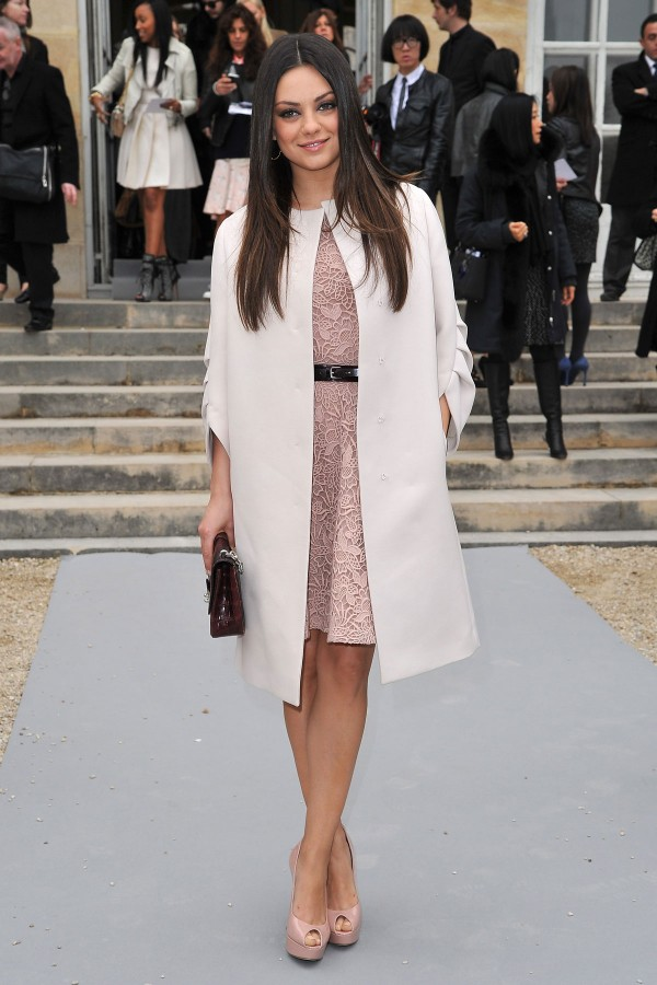 Mila-Kunis-at-the-Christian-Dior-Fashion-Show-in-Paris-6-600x900