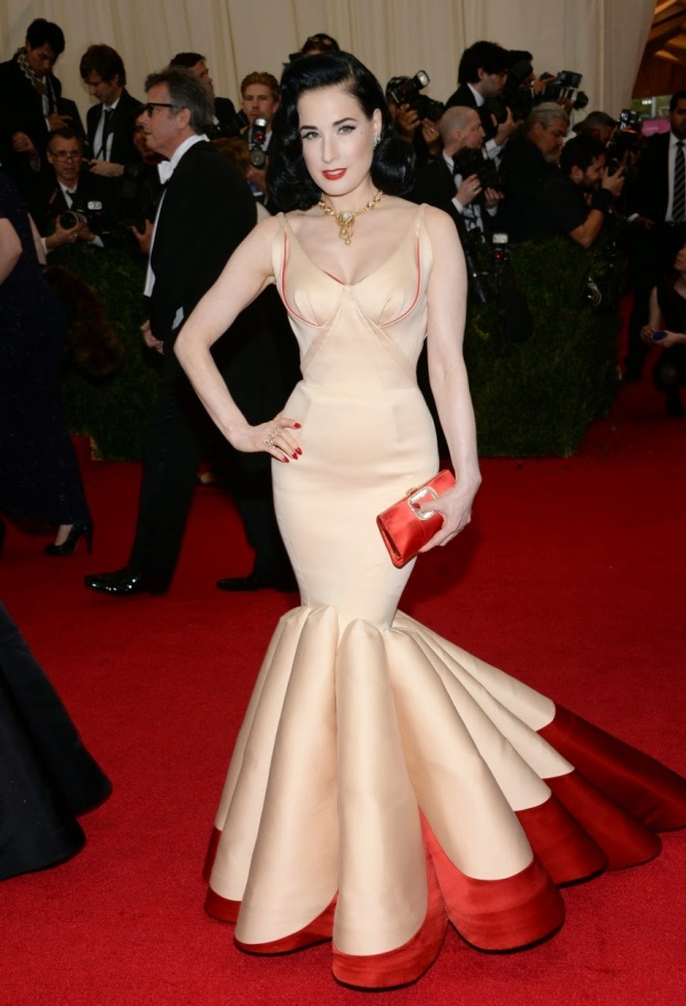 Dita in Zac Posen